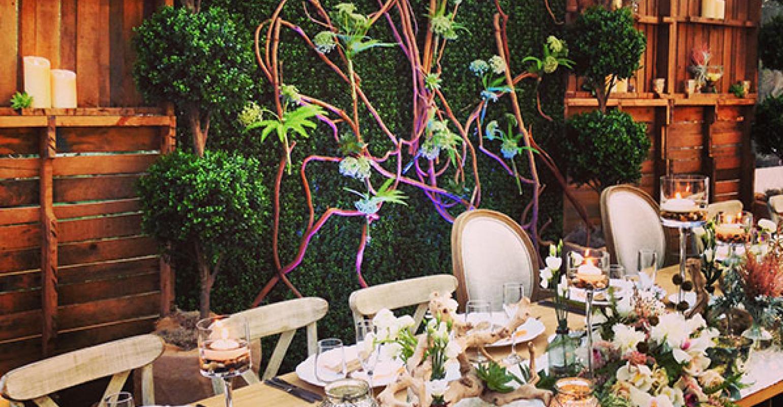 Rustic Garden Wedding Designs By Sean Puts Romance Into Rustic
