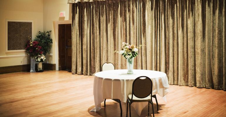 Empty_Ballroom_2020.jpg
