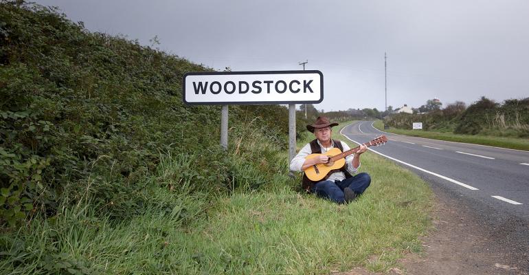 Mature man going to Woodstock