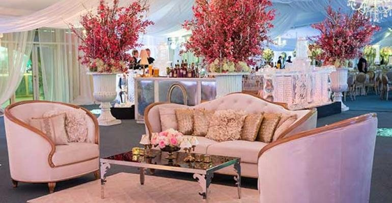 Gilded Glory: Lynn Fletcher Weddings Creates a Winning Wedding