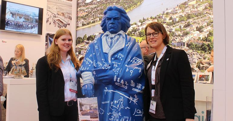 Beethoven statue at IMEX Bonn booth