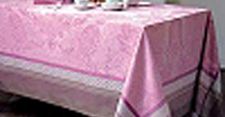 Linen Looks: What's New in Table Linen for Special Events
