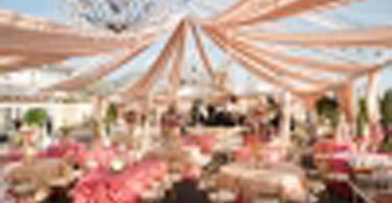 One Night in Paris: Nico Cervantes Creates a French-theme Wedding