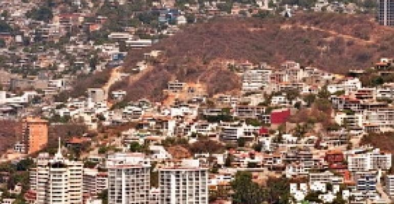 Acapulco Fights Tourism Slump with Incentives
