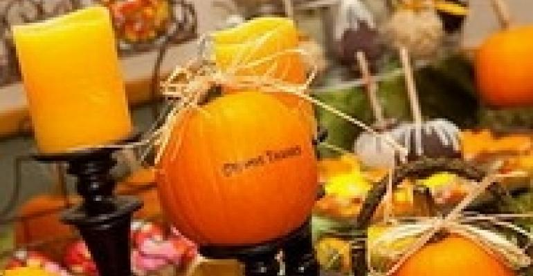 Decor Tips from Autumn Hues to Halloween Ghouls