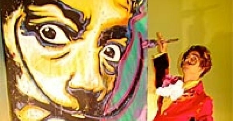 'Salvador Live' Paint Show, Kaos Fabric, Wide-screen Digital Projector