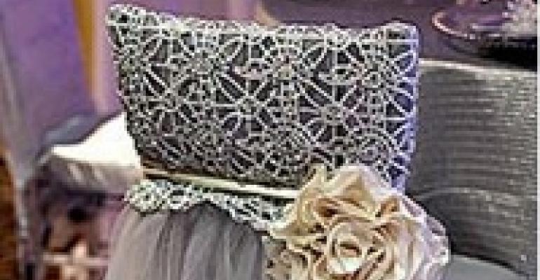 In Brief: Design a Wedding Gallery; 2012 Esprit Nominees Announced