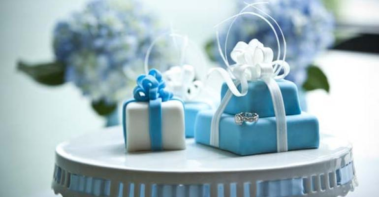 Wedding Trends: What's Going Big, What's Going Small