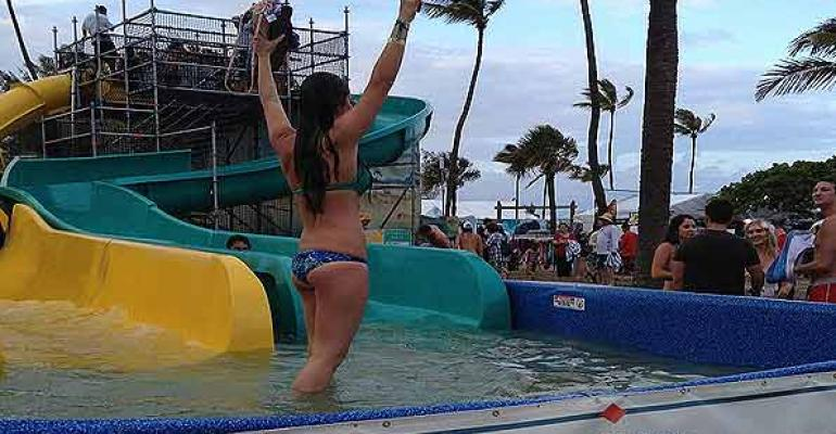 portable brandable water slide from Fix My Slide