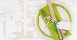 Green_Place_Setting_2019.jpg