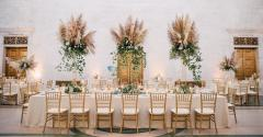 Boho wedding floral dining table from Emerald City Designs