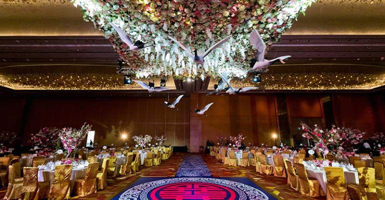 Match Made in Heaven: Heaven's Gift Creates a Bird-theme Wedding