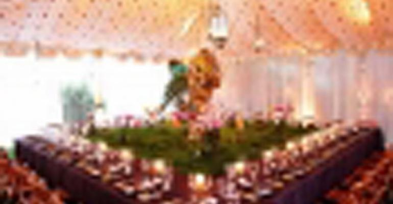 Bali Bliss: Merryl Brown Events Creates a Beautiful Balinese Anniversary Party