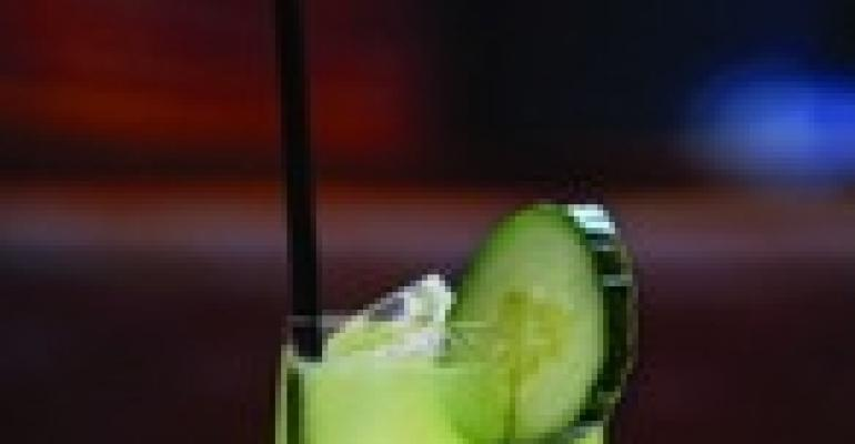 Food for Fetes: Party Cocktails are Pour Perfection
