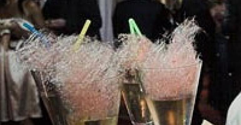 Fizzy, Fun Cocktails Make Holiday Events Fun