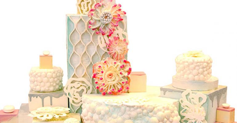 Break the Cake: New Shapes and Flavors for Wedding Cakes