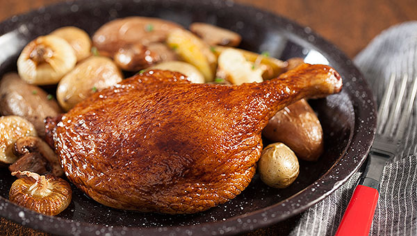 Maple Leaf  Farms roasted duck legs